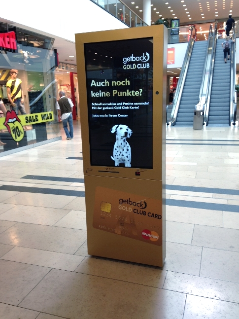 kompas in action: interactive Digital Signage in shopping malls